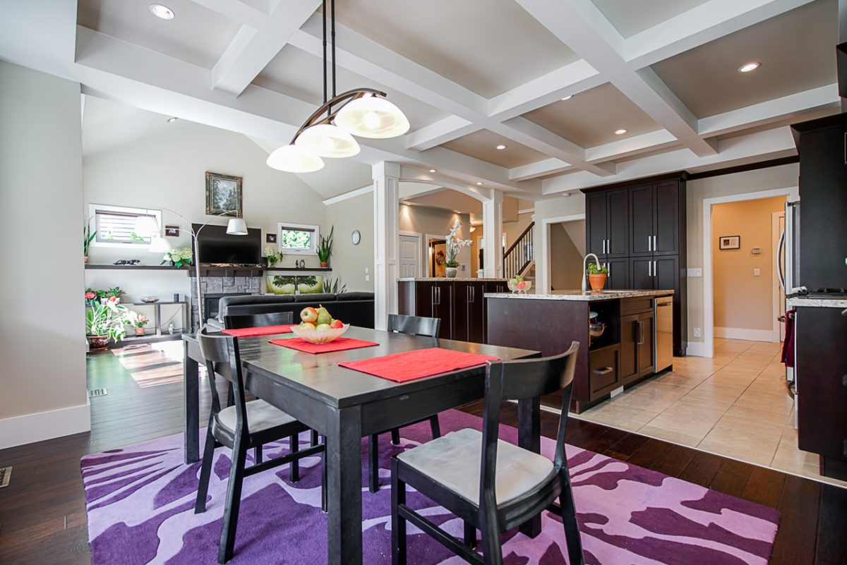 staging a home for an open house